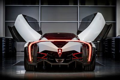 Video: Meet The Dendrobium, Singapore's First Hypercar. An Electric Monster Packing 1000hp!