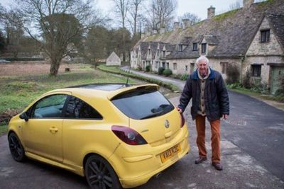 Video: 100 Yellow Cars Show Up In Support Of 'ugly' Corsa