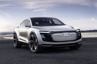 Video: 2019 Audi E-tron Sportback Concept