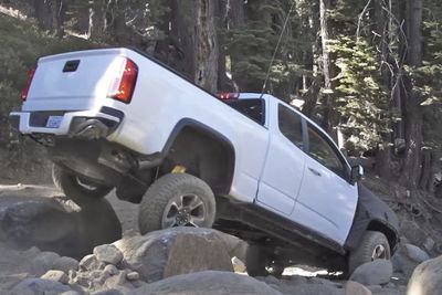 Video: Chevy Colorado Zr2s Conquers The Rubicon Trail