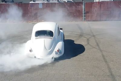 Video: Watch A Classic Beetle Throw Some Badass Donuts!