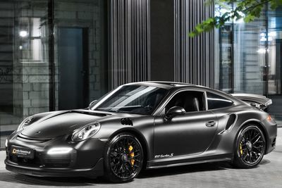 Dark Knight 911 Turbo S Brings Out The Heat!