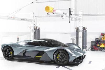 Video: First Peek At The Aston Martin Valkyrie Interior