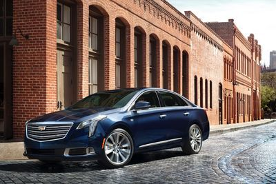 2018 Cadillac Xts Has A New Face And More Tech!!