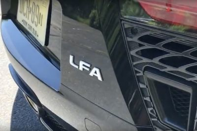 Video: The $400,000 Supercar Nobody Talks About - Lexus Lfa