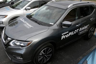 Self-driving Tech Goes Mainstream With Nissan Propilot Assist