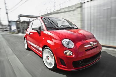 A Quick Look At The 2017 Fiat 500 Abarth