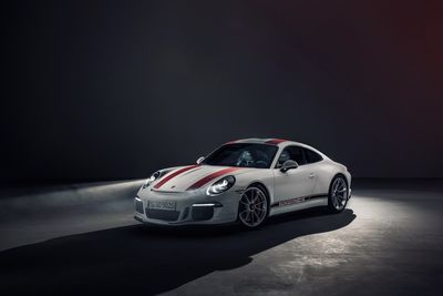 Porsche Might Launch A More Affordable 911!