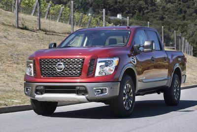 A Quick Look At The 2017 Nissan Titan Pro-4x!