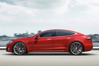 Tesla To Get Rid Of The Cheapest Model S...