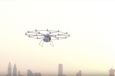 Video: The Electric, Flying Autonomous Uber ' The Volocopter Makes Its First Test Flight!