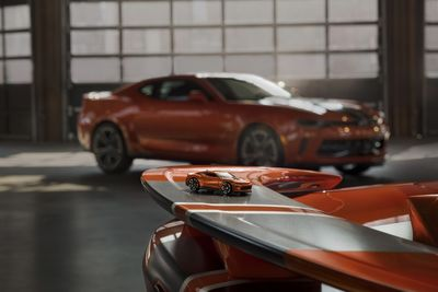 Video: 2018 Chevy Camaro Is A Legend In Any Scale