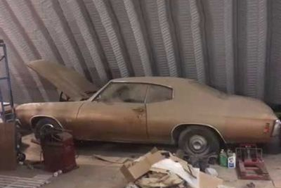 Barn Find! 1970 Chevelle SS 396 forgotten for nearly 50 years!