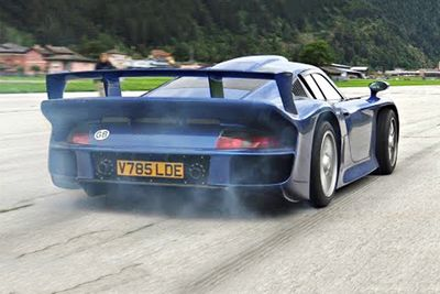 You Have To See This Porsche 911 GT1 Launch!