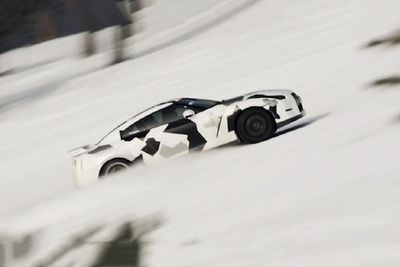 Crazy Nissan GTR Hit's The Ski Slopes