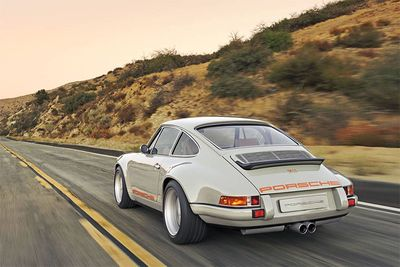 Chris Harris on the Porsche Singer 911