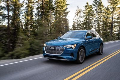 Living With An Audi e-Tron For A Week Doesn't Go Well