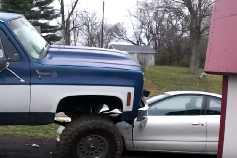 Video: This Angry Guy Decided To Drive Over His Cheating Girlfriend