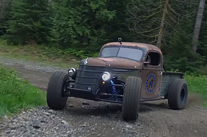 Video: The Most Badass Trophy Truck Rat Rod With A Big Fat V8! 1