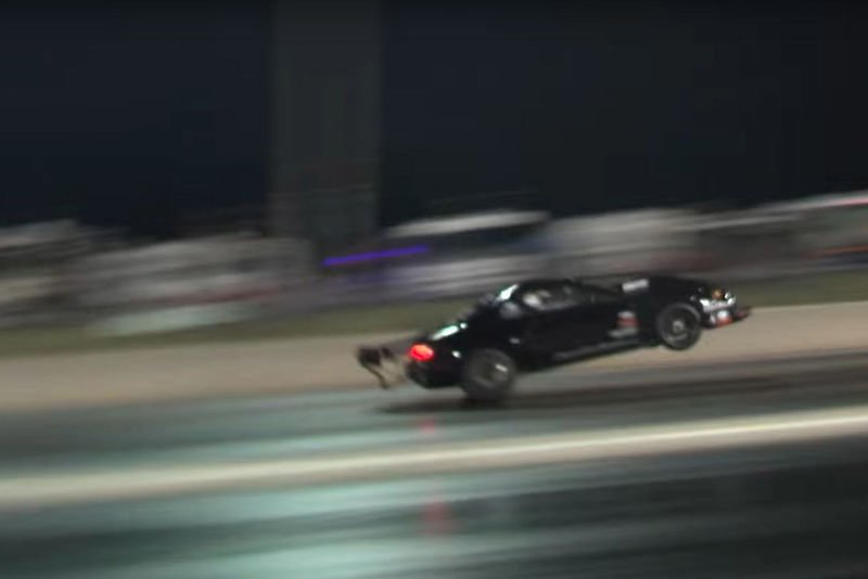 Video: Mustang Crosses The Finish Line At 196mph On The Rear Wheels!!! 1