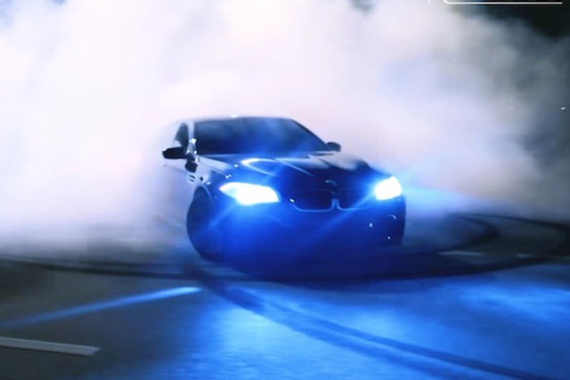 Video: Russian In A 560 Horsepower, Twin Turbo, 4.4 Litre V8 Bmw M5, Hits The Public Streets Of Moscow With Lots Of Tread To Melt! 1
