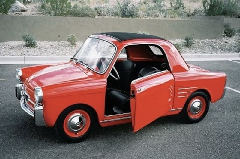 Video: 5 Of The Smallest Cars Of All Time! 1