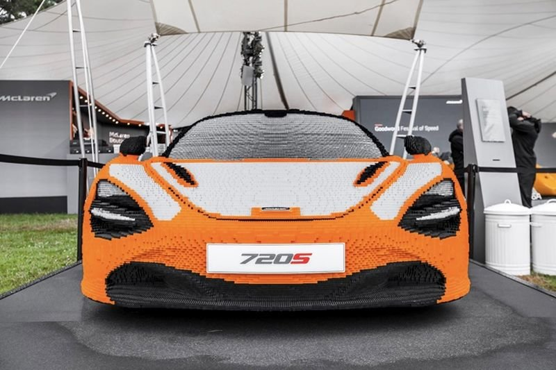 Video: This Mclaren Is Built Out Of 280,000 Legos! 1