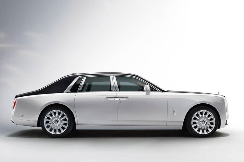 The Incredible Rolls-royce Phantom Vlll Is Here! 1