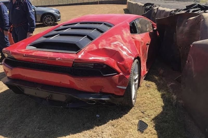 Video: Lamborghini Huracan Crashes At The South African Festival Of Motoring! 1