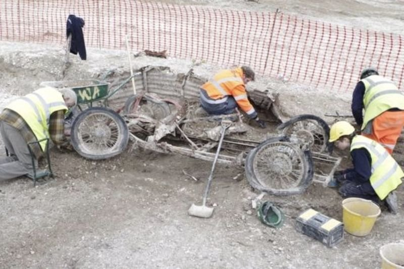 A Classic Car Was Unearthed By Archeologists On Salisbury Plain 1