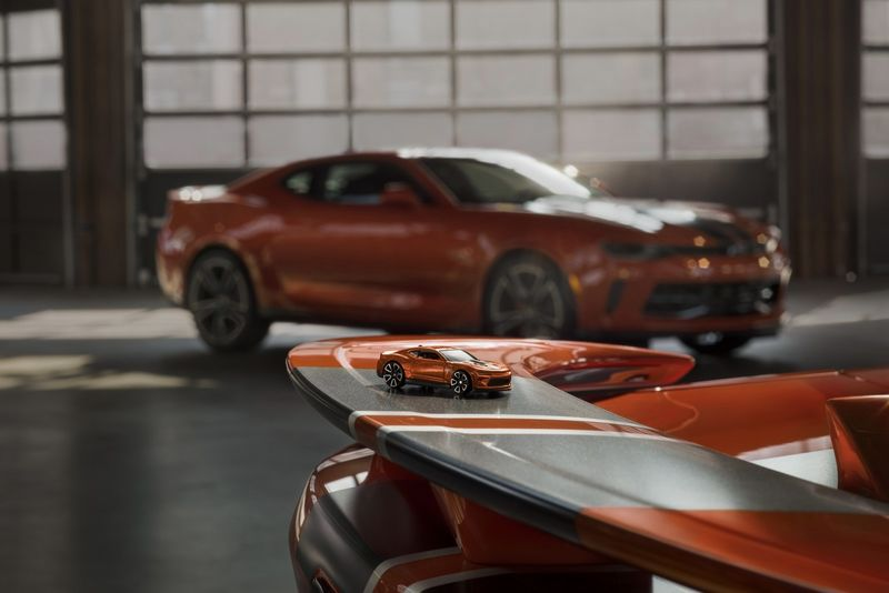 Video: 2018 Chevy Camaro Is A Legend In Any Scale 1