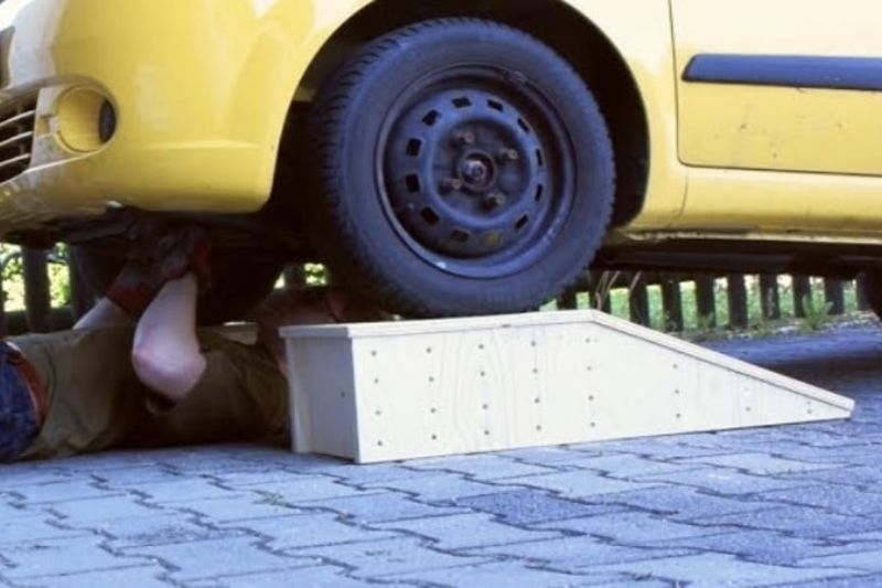Video: You Can Make Your Own Car Ramps By Using Plywood 1