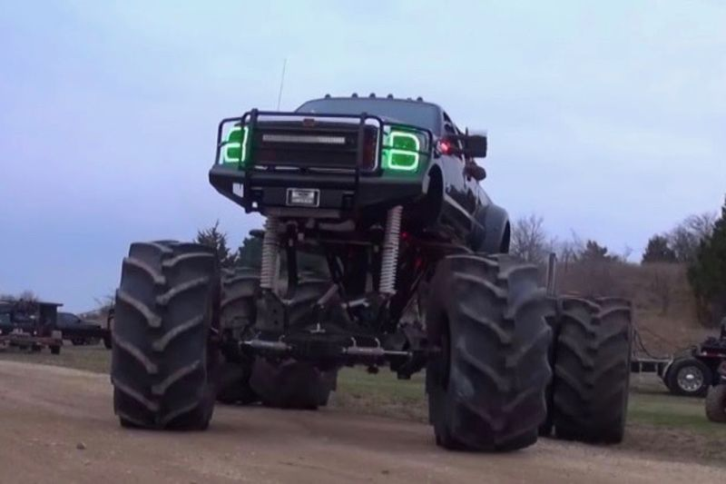 Video: This Ford Platinum Truck Is Unlike Anything You