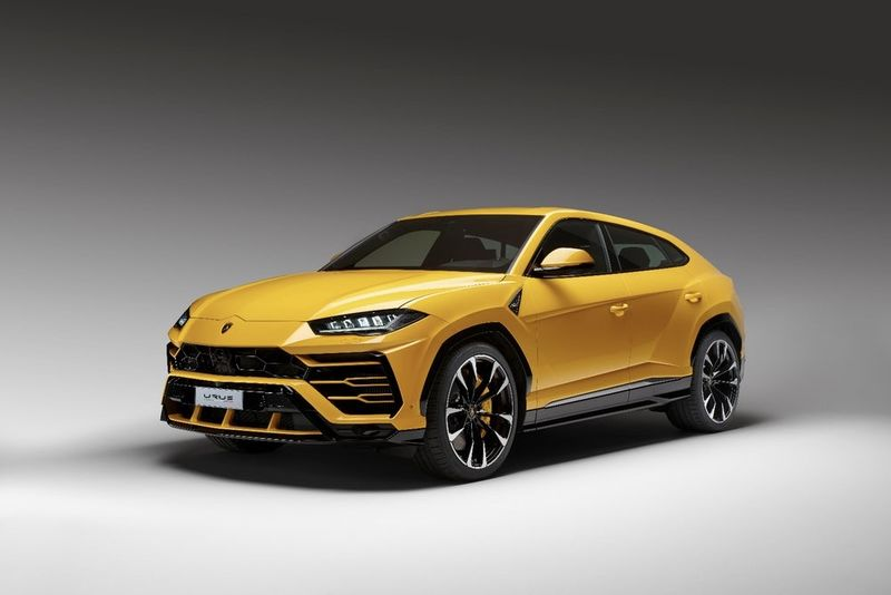Video: Here Is How The Lamborghini Urus Is Made 1