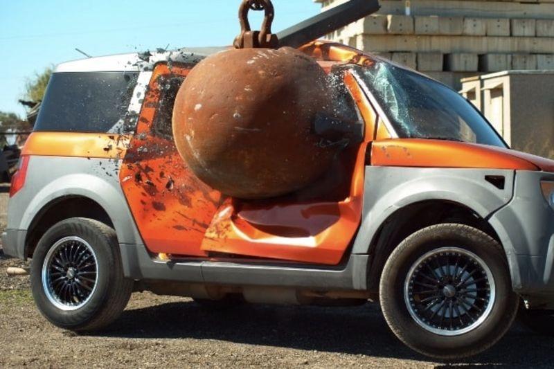 Video: Smashing Cars With 4 Ton Wrecking Balls In Slow-mo 1