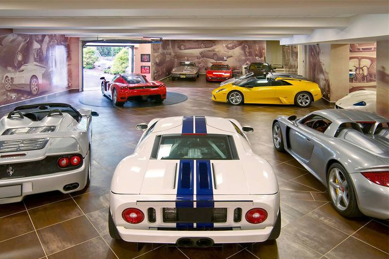 A Petrol Heads Dream: The Worlds Best Garages 1