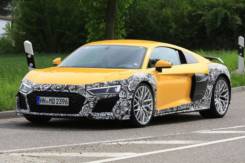 Audi R8 Facelift Spied For The First Time – And It