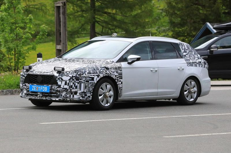 New 2019 Seat Leon Spied For The First Time 1