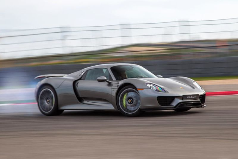 Experience Neck-snapping Speed With The Fastest-accelerating Cars 1