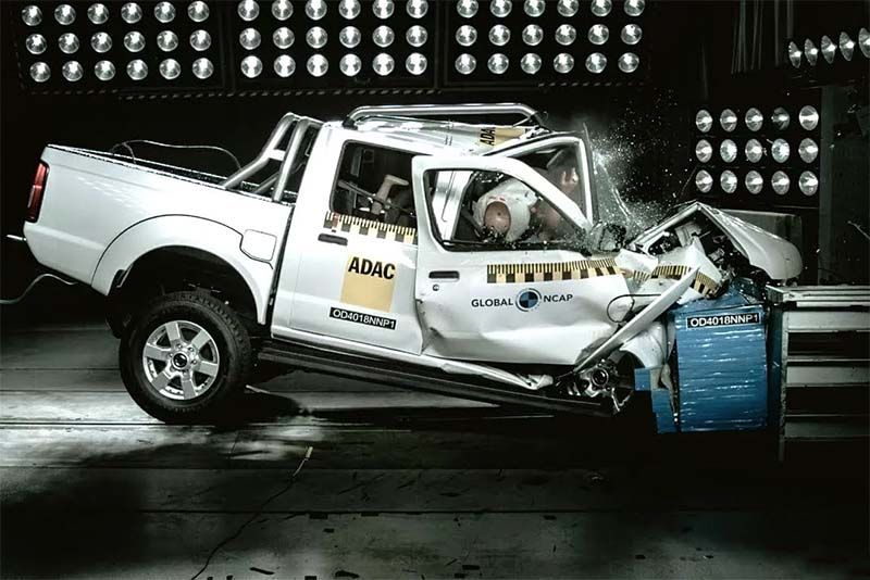 Global NCAP Calls Nissan NP300 Hardbody