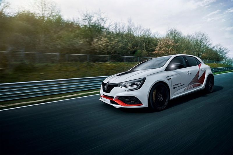 Renault Mégane RS Trophy-R Reclaims Front-Wheel-Drive Nürburgring Record 1